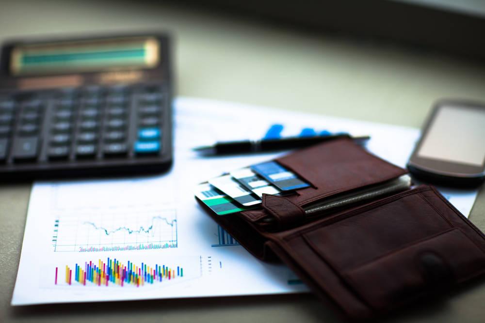 Czym różni się oprocentowanie kredytu od RRSO?