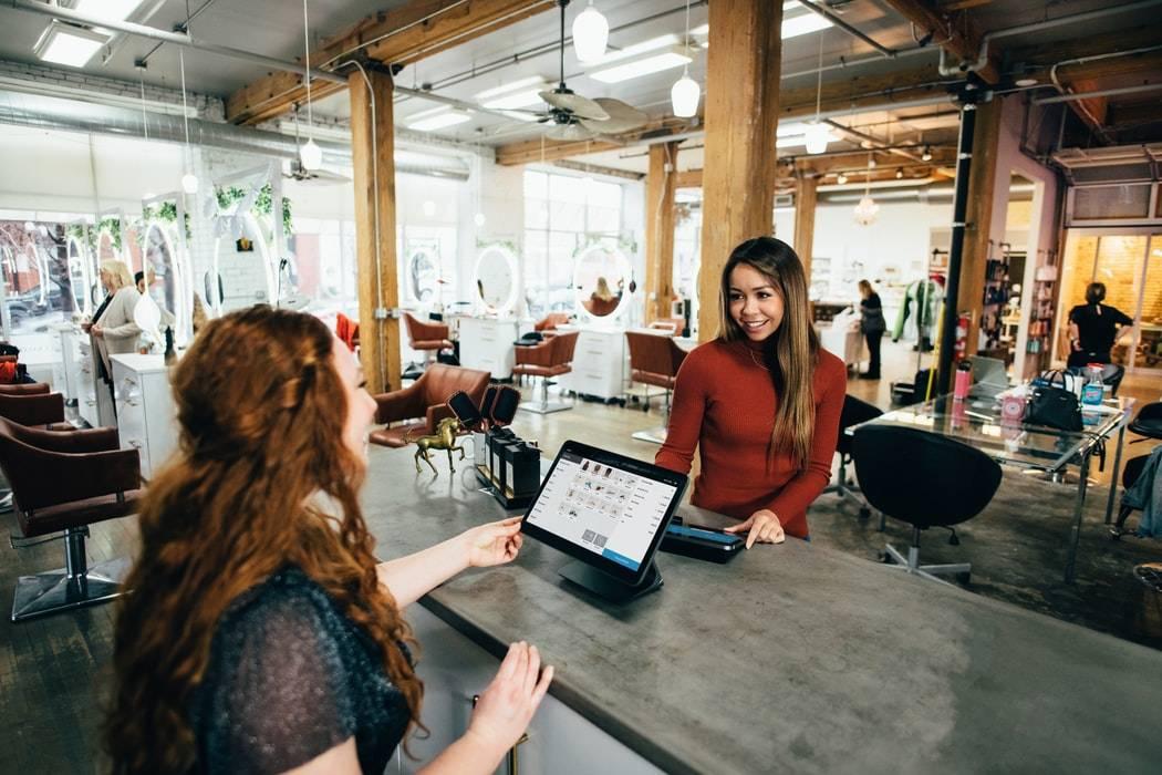 Co składa się na Customer Experience? Wyjaśniamy!
